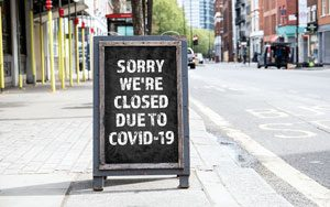 sorry, we're closed due to covid-19 sign